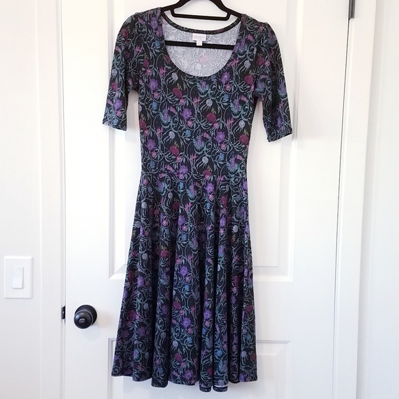 LuLaRoe Dresses & Skirts - Like New Black and Floral LuLaRoe Nicole Dress S